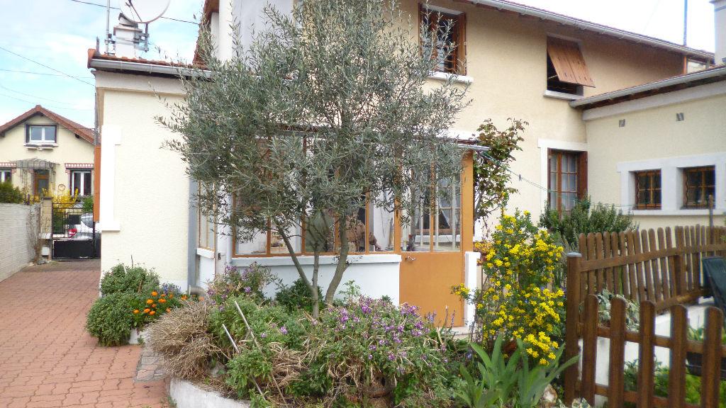 Achat vente maison carrieres sur seine maison a vendre for Achat maison houilles